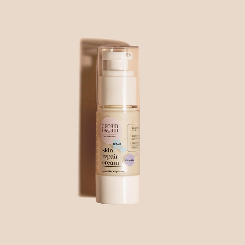 """Крем-зворотна емульсія з комплексом ліпідів для сухої і зневодненої шкіри """"Skin protect cream"""""""